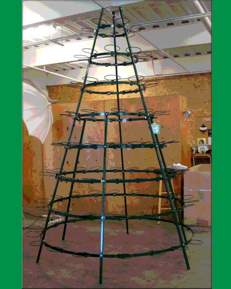Christmas poinsettia tree frame for Poinsettia christmas tree frame