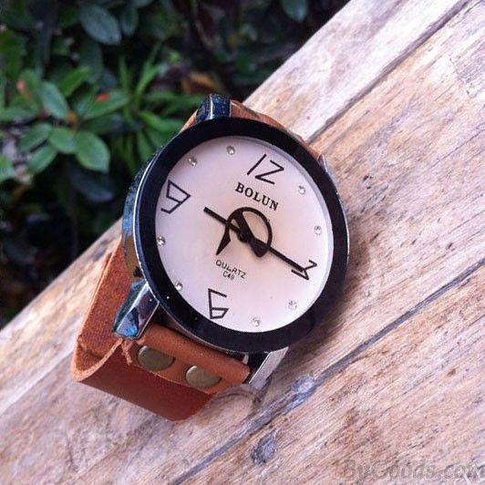 Unique Pointer Rhinestone Handmade Leather Watch