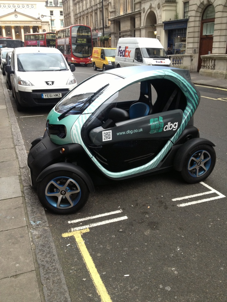 I Saw A Renault Twizy In London! Very Good For Parking These Things Are.