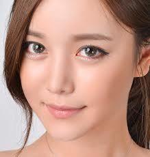 Wenn Sie gerade Ebene mit der Farbe Ihrer Augen gelangweilt, dann nicht ärgern, wie Sie jetzt ändern können Ihre Augenfarbe sowie Ihre gesamte Look mit Hilfe von farbigen Kontaktlinsen. Kontaktlinsen haben beliebte Mode-Accessoires seit Ewigkeiten, aber in den ersten Tagen nach ihrer Entdeckung, gab es nicht viel ein Mensch mit dunklen Augen tun könnte  http://lensesshop.wordpress.com/2013/09/24/farbige-kontaktlinsen-fur-dunkle-augen/