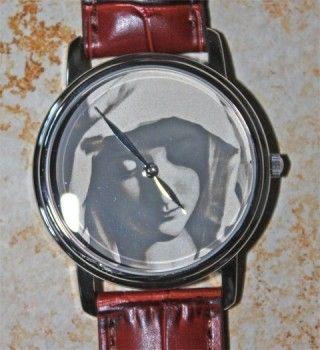 Maria, Mutter Jesu Uhr - 925 Silber Zifferblatt mit Fotolasergravur http://www.manufaktur-sachsen.de/shop1/religion/maria-mutter-jesu-uhr.html