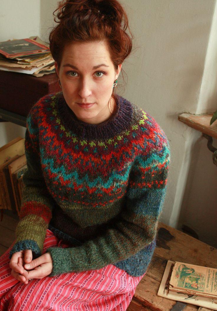 Handmade / natural wool / Icelandic style unisex sweater by TASSSHA on Etsy