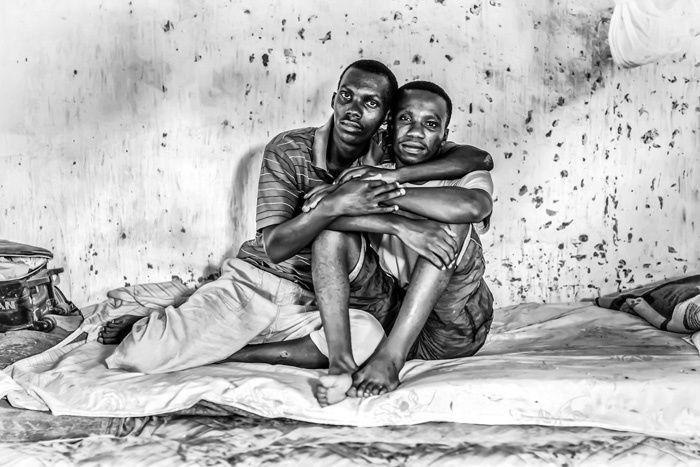 ╔═════════╗ ║❄ #FRAGILE - H beat πλευρά του Fractal_ #ΑΠΟΔΕΛΤΙΩΣΗ ╚═════════╝ ►«Μη με λησμόνει» …Ένα #φωτογραφικό project για τις σεξουαλικές #μειονότητες στην Αφρική.◄ ________________________ Επιμέλεια: Δήμητρα Ντζαδήμα  #minorities #sexual #east #Africa #photos http://fractalart.gr/forget-me-not-photos/