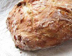 Ropogós hagymás kenyér