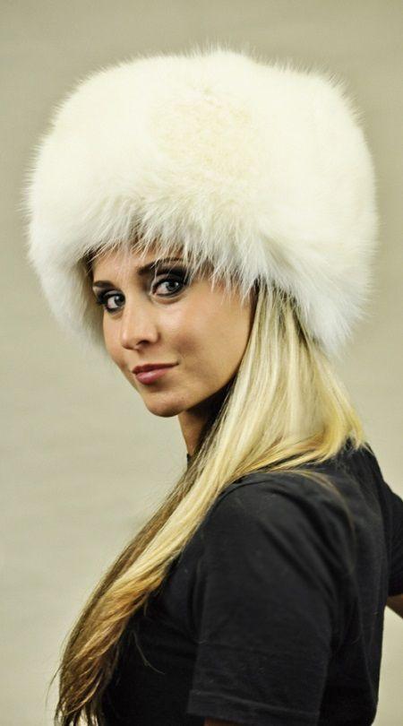 Cappello in volpe bianca artica  www.amifur.it