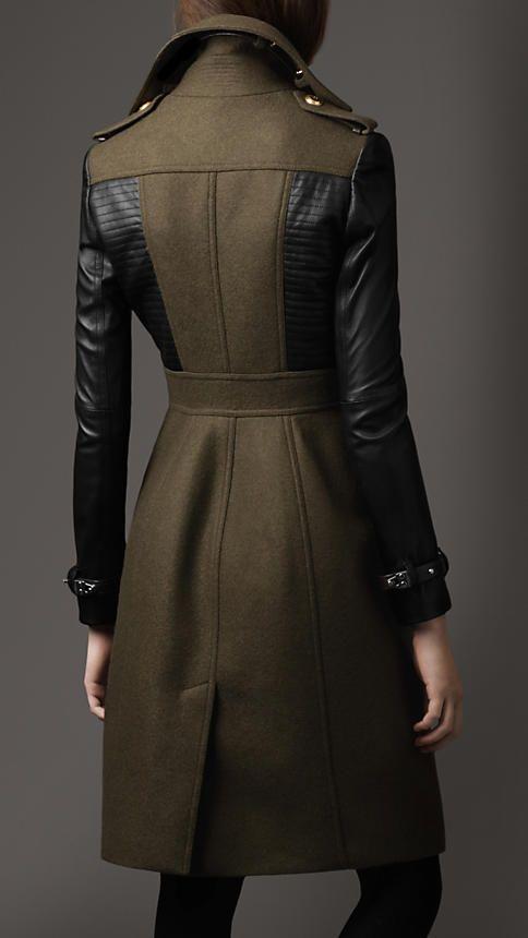 Leather Sleeve Coat   Burberry                                                                                                                                                                                 Más