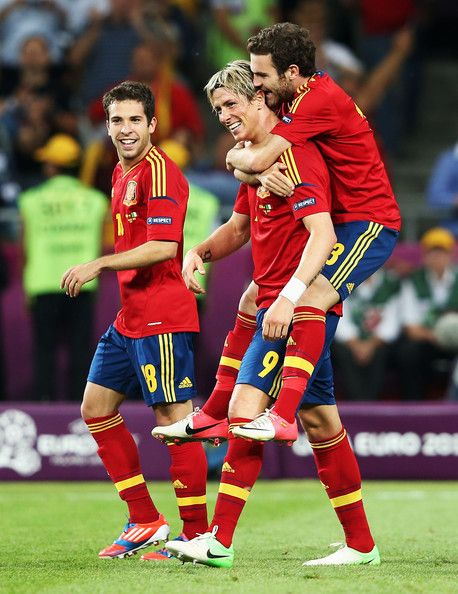 Jordi Alba, Fernando Torres, & Juan Mata Spain v Italy - UEFA EURO 2012 Final....I love their Bromance too, awwww Torres and Mata<3