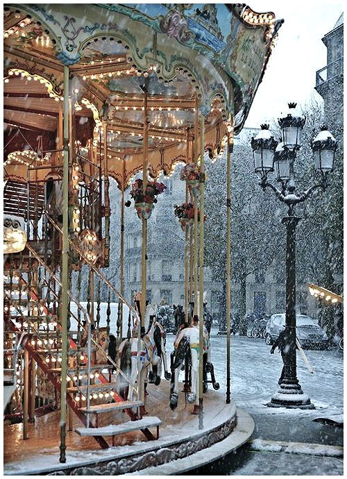 Paris ... carousel