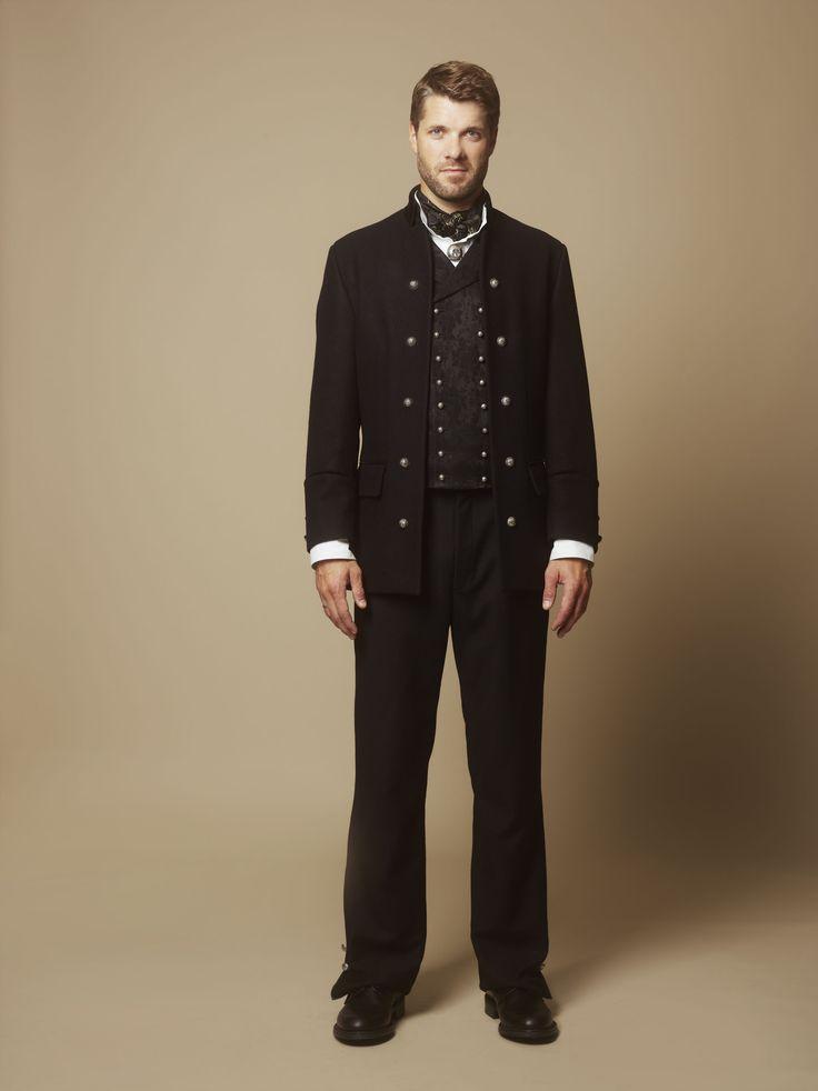 Hundreårsdrakten herre med jakke