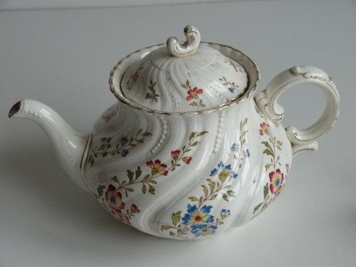 french teapots   French Sarreguemines Victorian teapot