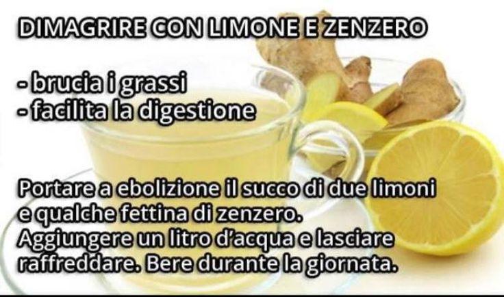 Al mattino appena svegli e a digiuno proviamo a iniziare bevendo una tazza di acqua tiepida e limone, elementi semplici ma benefici.
