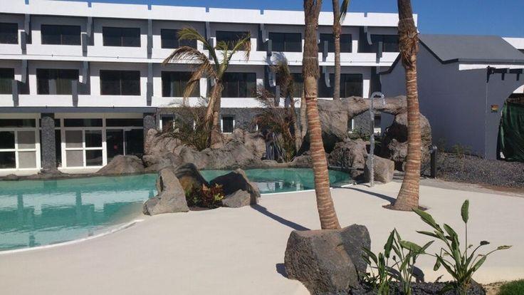 Mejores 21 im genes de hoteles con piscinas de arena en - Piscina de arena compactada ...