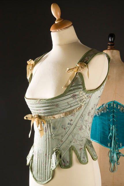 corset 18eme, corset, broderie, couture, corps baleiné, biais, baleine, basques photo : ODG