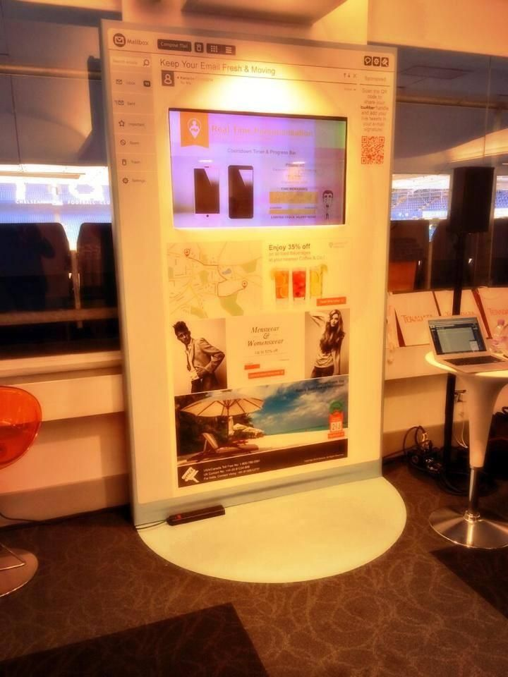 Booth No.1 #tdcon1 Creative demonstration of live  moving #emails. www.kenscio.com