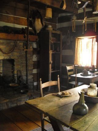 Like Table And Decorating Old Floorboards To Make Sawbuck Table | Warm And  Wonderful Kitchens In 2018 | Pinterest | Hearths, Cabin And Primitives