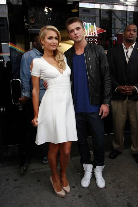 Paris Hilton and River Viiperi hang out with Wendy Williams.