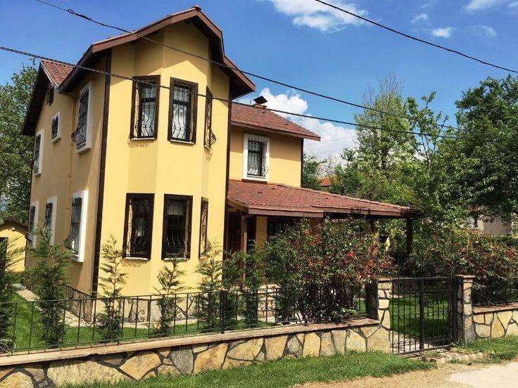 Bargain Villa For Sale in Sapanca Kirkpinar