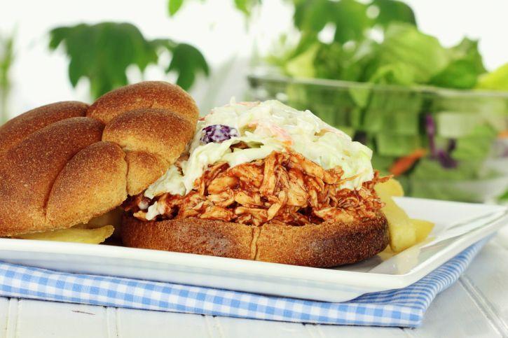 Sandwich de pollo mechado a la barbacoa - El Gran Chef