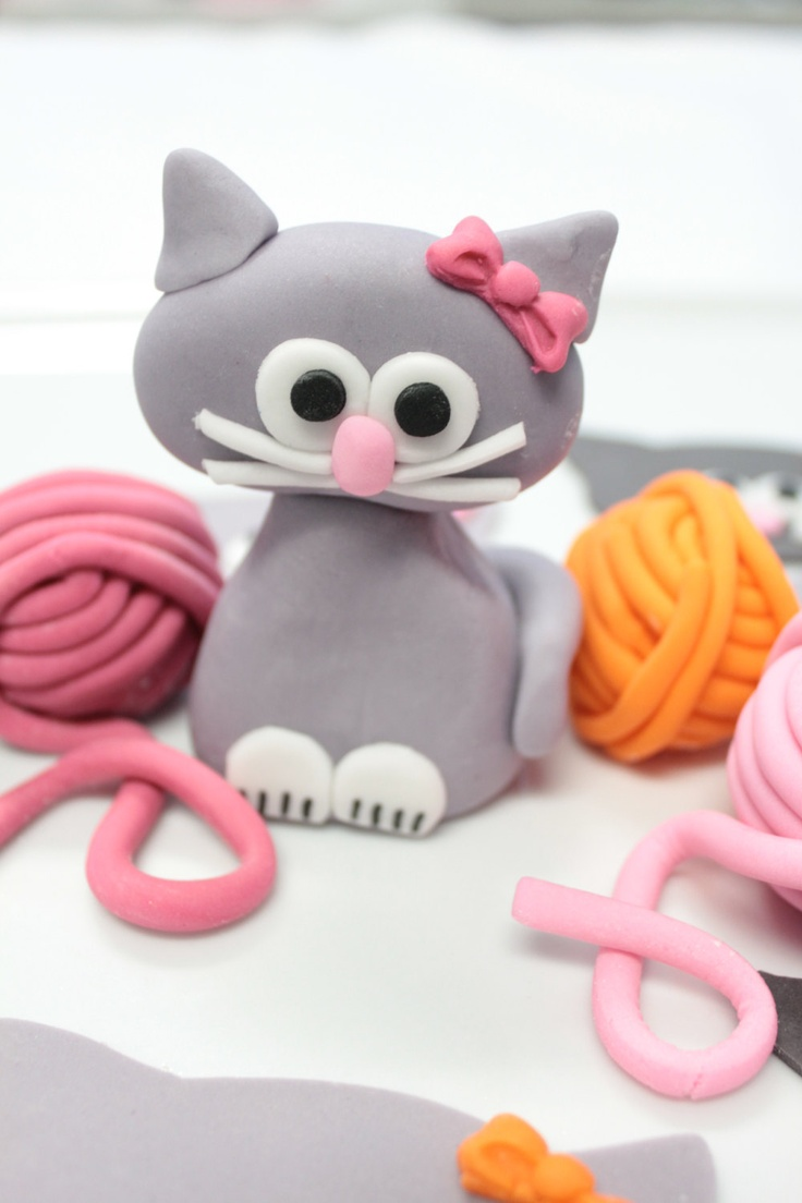 Fondant edible 1 qty Cat Kitty Cake Topper with bow, 3qty