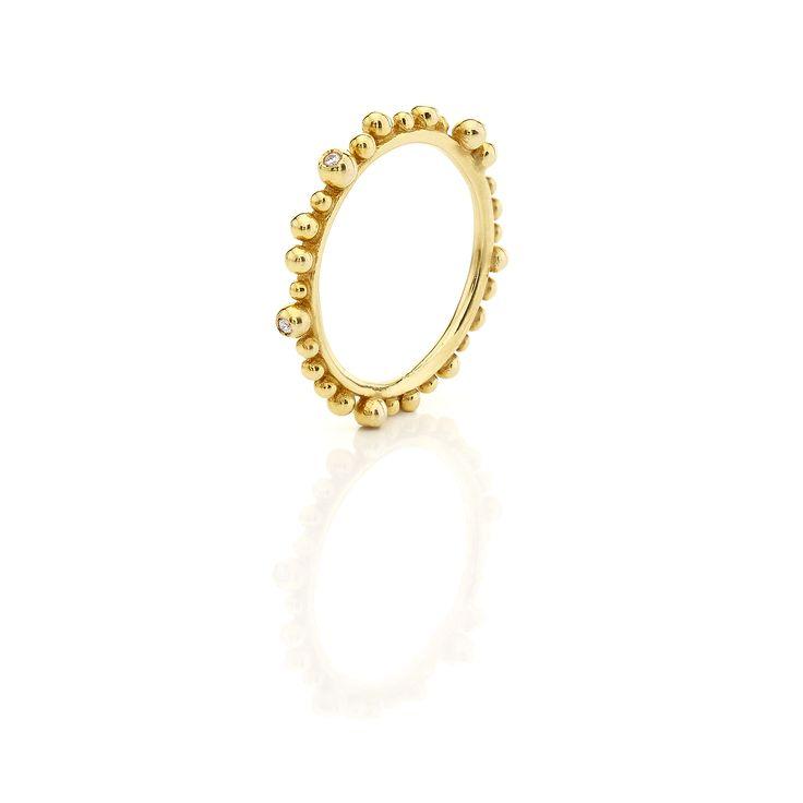 Yellow gold ring with #brilliants #huffyjewels www.huffyjewels.com