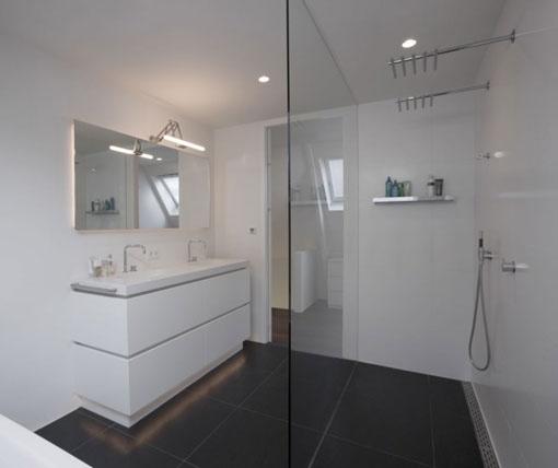 Baño minimalista en blanco | Decoratrix | Decoración, diseño e interiorismo
