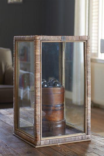 Rustic Rattan Display Box L