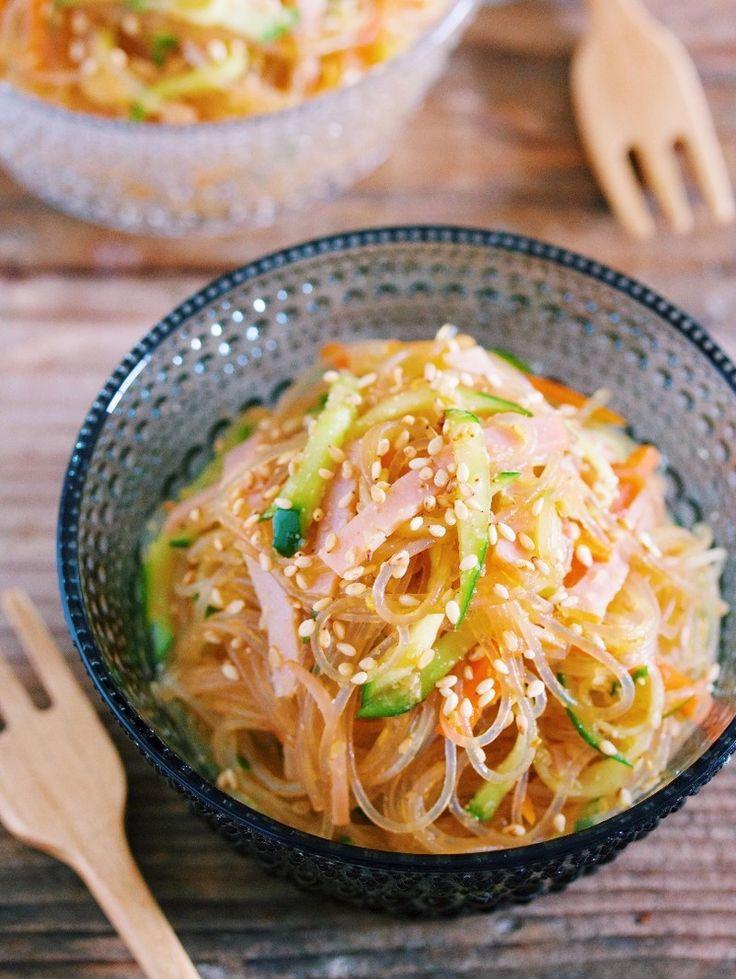 味しみ抜群♪レンジ&ワンボウルで『お惣菜屋さんのあの味♡中華風春雨サラダ』と『オススメ春雨サラダ3選』|LIMIA (リミア)