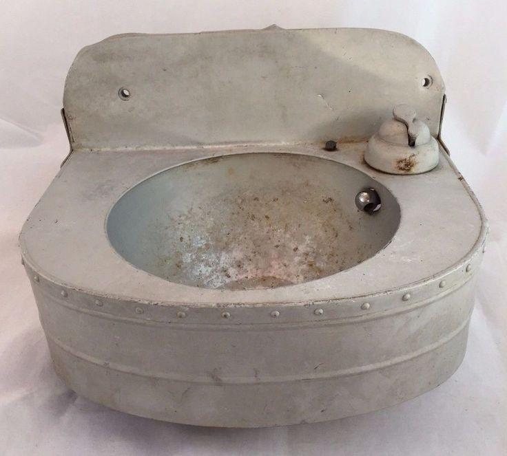 Vintage Water Fountain Sink Metal Outdoor Industrial Nautical Modern Garden