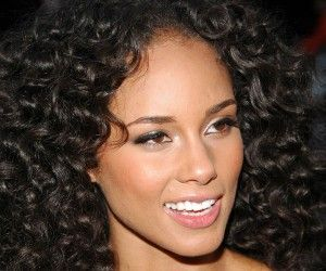 hair styles for coarse hair best 25 thick curly haircuts ideas on curly 3278