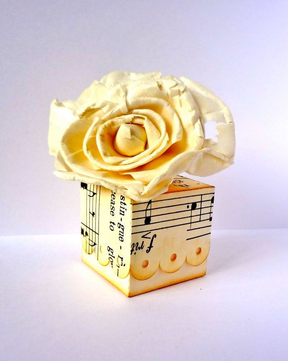 10 Favor Boxes / Sheet Music favor boxes / by ThePaperBazaar, $11.21