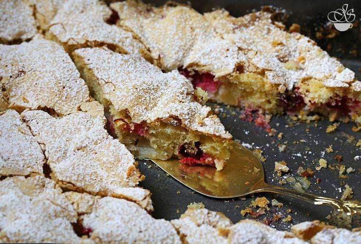 Яблочный пирог с клюквой - Janette's Cafe