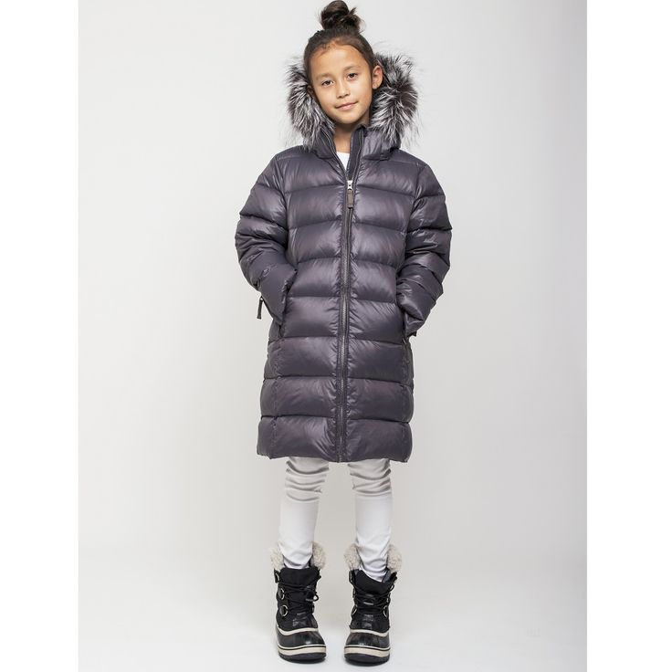 AW17 - Ver de Terre anthracite grey featherlight downjacket with fur trim for kids. Size 4 years - 16 years.
