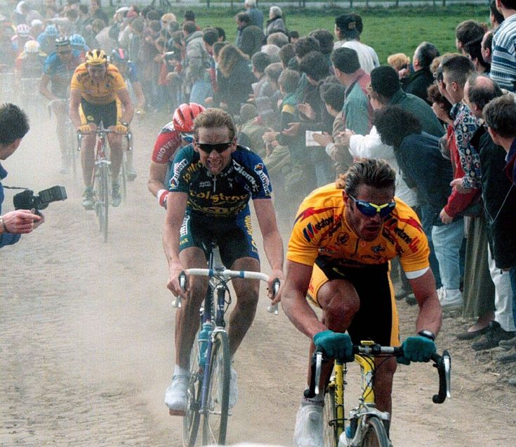 Mario Cippolini stomps through the dust in the mid-90s.