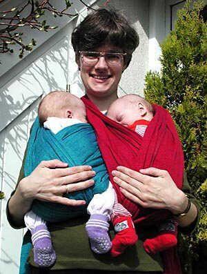 le portage, porter son enfant, porter son bébé, un bienfait santé et relationnel pour tous - Allaitement des jumeaux et plus ADJ+ A.D.J.+