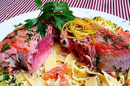 Tagliatelle mit Thunfischsteak und Paprika, ein beliebtes Rezept aus der Kategorie Fisch. Bewertungen: 1. Durchschnitt: Ø 3,0.