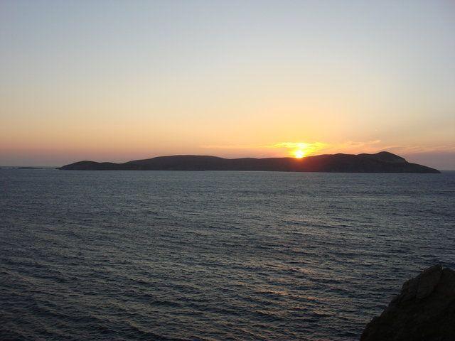 Υπέροχη φωτό από Αιγαίο (Ψαρά)!  (ΦωτοGallery κοινότητας) #aegean #sea #sky #blue #sunset #pintrplaces #place #Chios #Psara #island http://my.aegean.gr/gallery/Places/Greece/Chios/Psara/112_DSC01830.JPG.html