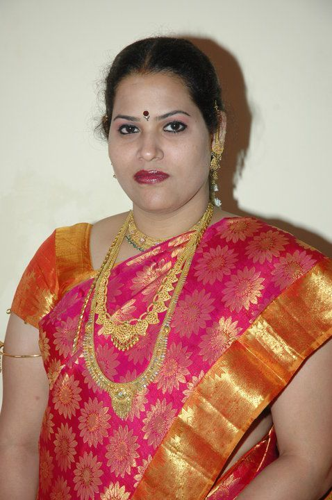 1000+ Images About Indian Aunty On Pinterest