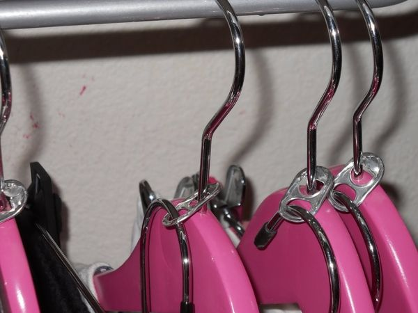Soda pop tabs to get more closet space or to hang matching outfits.