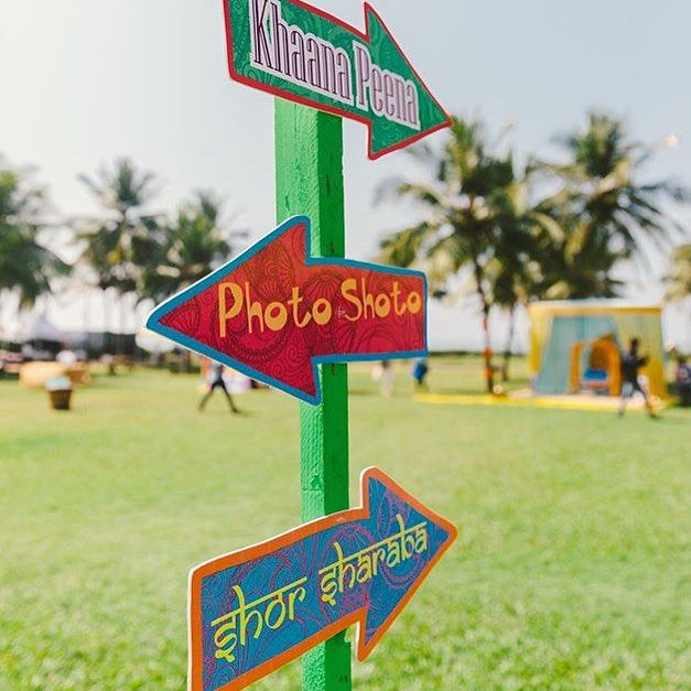 #Wedding #signage is a hot trend - we've showcased #vintage #wooden signs and #lovequote #signage before but how cute these #quirky #desi ones!! perfect for a #mehendi / #sangeet! @designtuktuk #weddinginspiration #weddingideas #indianwedding #weddinginspo