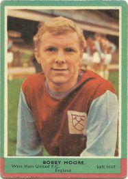 19. Bobby Moore  West Ham United