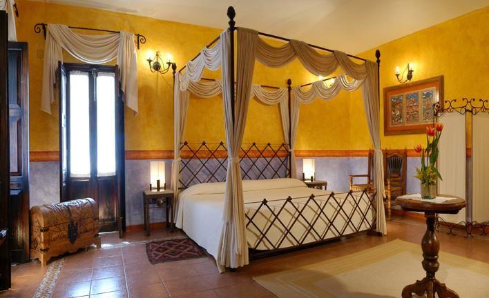Mejores 12 im genes de hoteles familiares en pinterest for Habitaciones familiares vacaciones