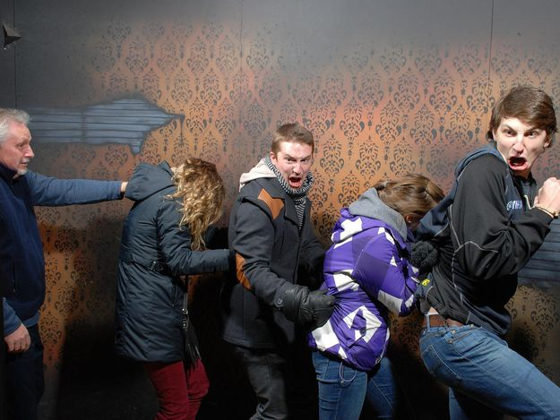 The 44 Best Pictures Of Scared Bros At A Haunted House Of 2013 - This is BEAUTIFUL!