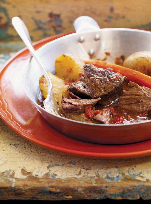 Boeuf au vin rouge à la mijoteuse Recettes | Ricardo prep.: 25min- cuisson: 6h -portions: 4à6
