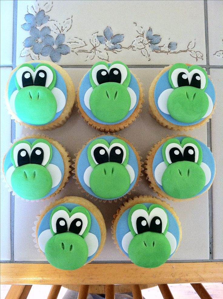 Jacobs birthday cupcakes