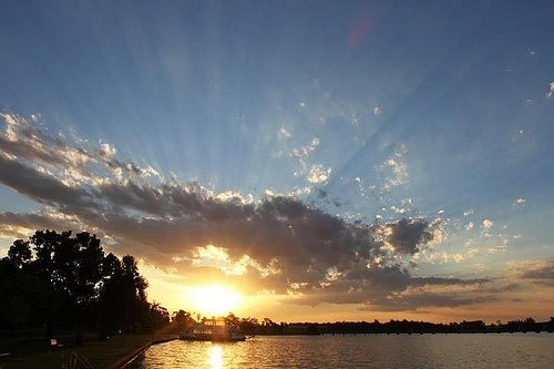 Sun Rays at Sunset on Lake Mulwala.