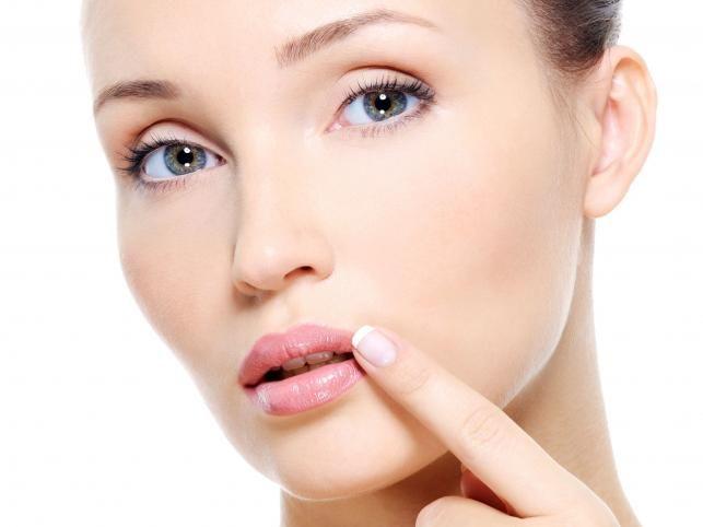 Красота со вкусом: лечим потрескавшиеся губы - Леди - Красота на Joinfo.ua