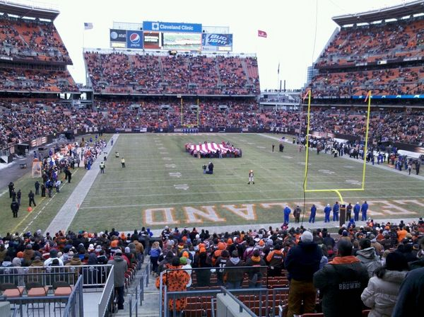 Cleveland Browns game one day i will get here to watch a game