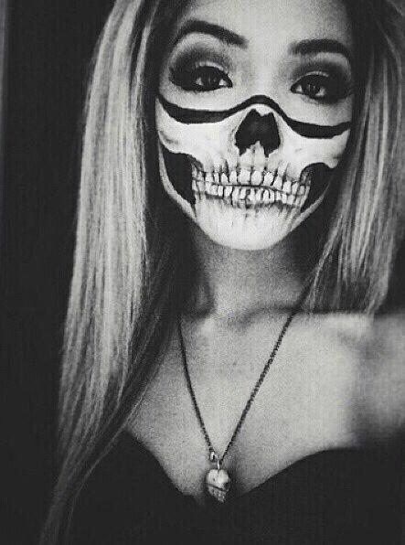 halloween makeup scull