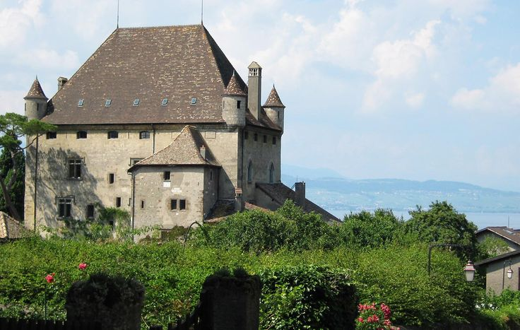 Les 174 meilleures images du tableau villages typiques des pays de savoie sur pinterest haute - Office de tourisme yvoire ...
