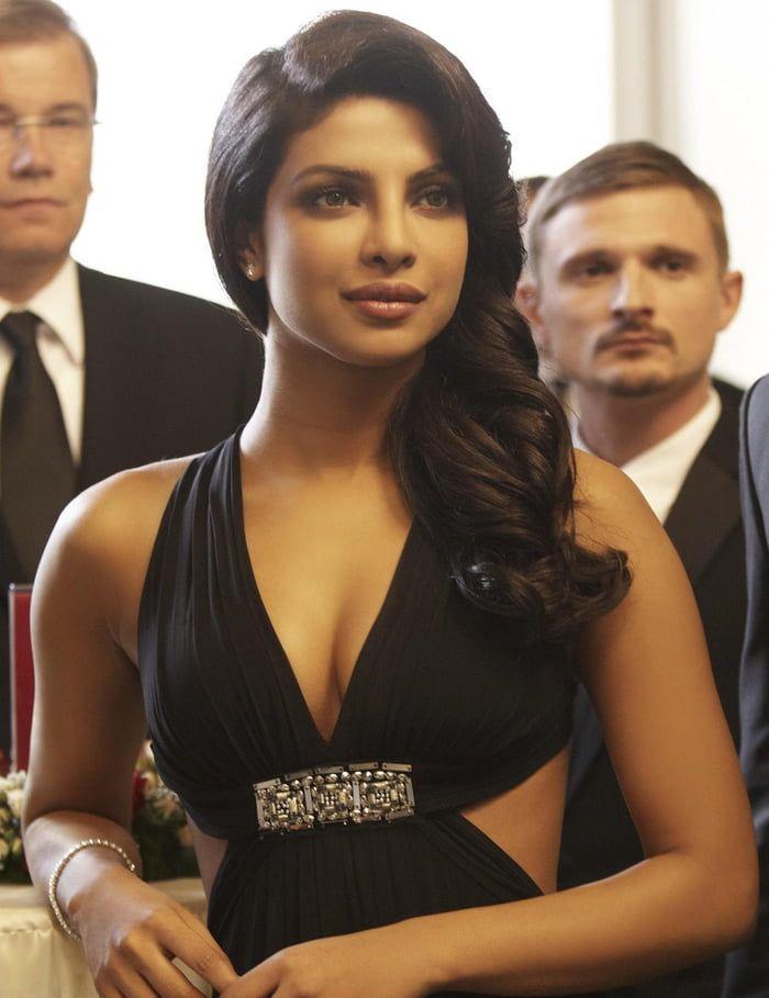 Priyanka Chopra In 2020 Priyanka Chopra Priyanka Chopra Hot Beautiful Celebrities